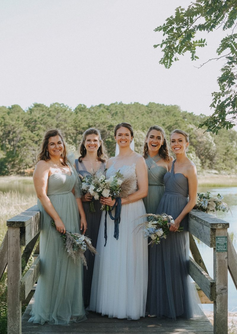 12_KateGreg_142_byLiWard (1)_chequessett_bridal-party_bridesmaids