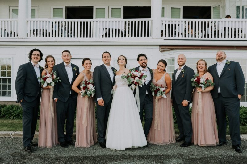 18_LindseyDave_292_byLiWard_Rockport_bridal-party_emerson-Inn